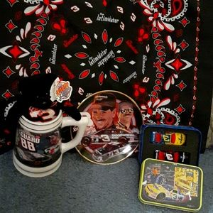 MAKE AN OFFER Nascar bundle